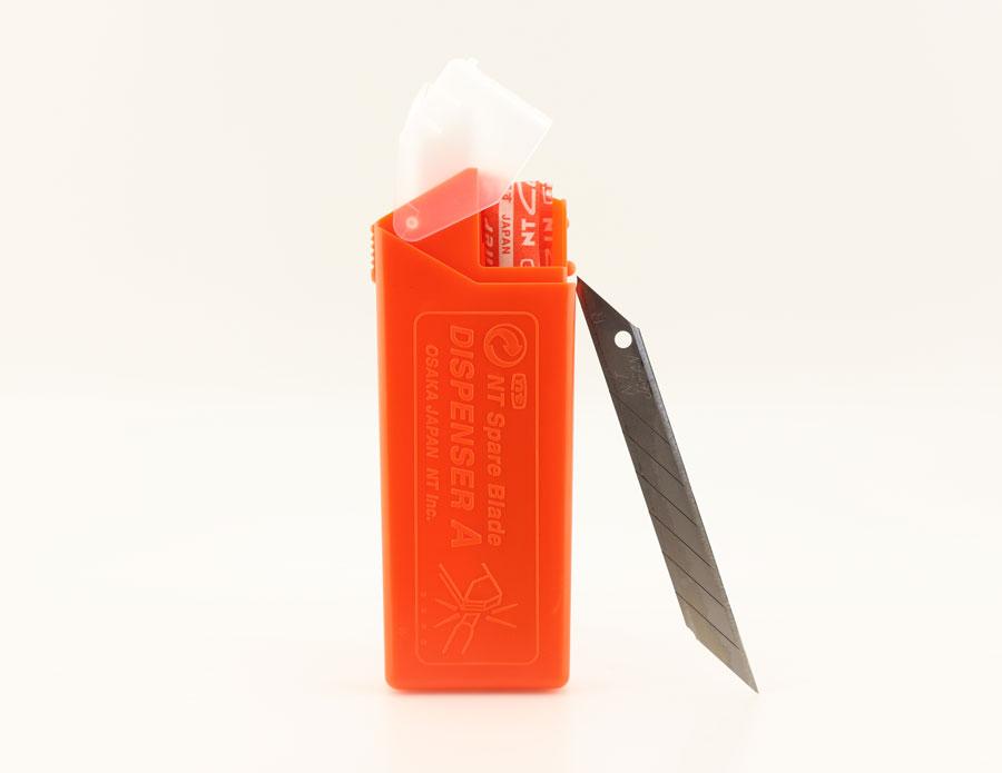 Сменные лезвия BAD-21P , 30 градусов , для ножа PRO AD-2P (Япония)