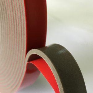 Лента из вспененного полиэтилена HEXIS самоклеящаяся, двусторонняя, цвет -антрацит, толщина ленты 1 мм, 12 мм*50м