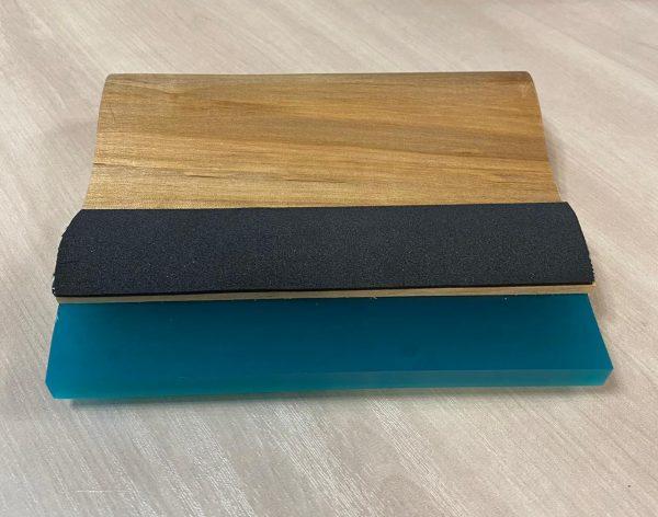 Ракель деревянный с мягким полиуретановым лезвием, Wooden squeegee, 140 мм